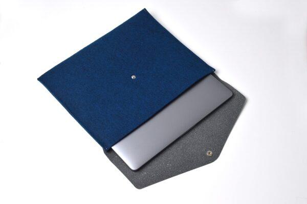 Compra funda-fieltro-cuero-reciclado-azul