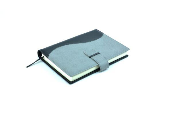 agendas 2022 diaria-wire-o-vivella-negro-gris-scaled-600x400